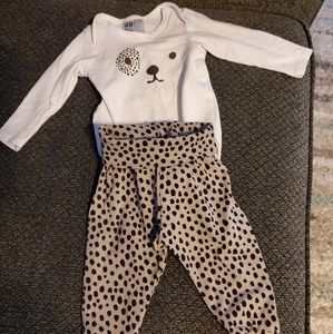 H&M Matching Sets - H&M matching outfit for baby girl